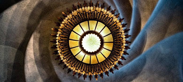 spiral-lyustra-svet-900x450