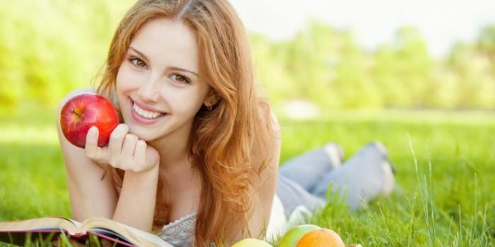 Девушка-с-фруктами