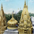 Benares-_The_Golden_Temple,_India,_ca._1915_(IMP-CSCNWW33-OS14-66)