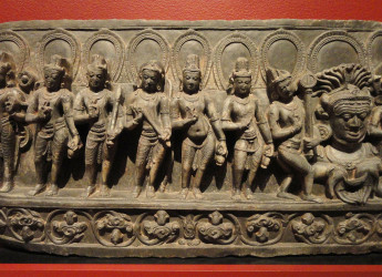 Navagraha_(anthropomorphic_forms_of_astronomical_bodies),_Bihar,_India,_10th_century_AD,_schist_-_San_Diego_Museum_of_Art_-_DSC063